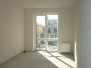 Двухкомнатная квартира 64 м2 = 23 500 евро