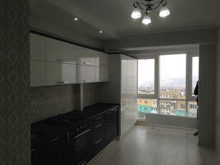 Apartamentul e de la compania exfactor direct de la proprietar