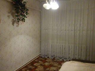 Продаю 3-комнатную с подвалом, Штефан Водэ 18 000 € Торг