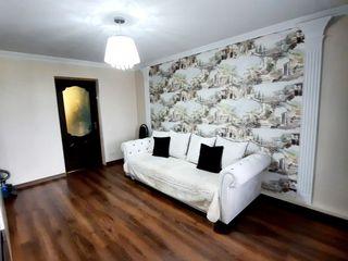 Apartament cu 3 odăi, reparație euro, full mobilat