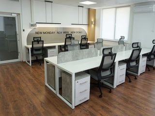 Oficiu mobiliat în business centru! 13 locuri de muncă!