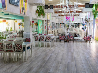Restaurant in Centru Comercial