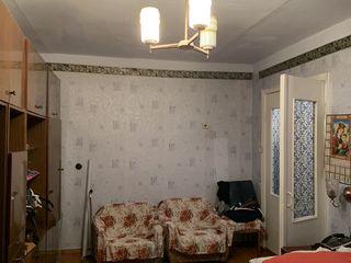Продам однокомнатную квартиру в Рыбнице на проспекте Победы