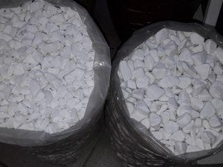 Мраморная крошка ярко белая или экстрабелая «сахарная» piatra de marmura naturala extraalba
