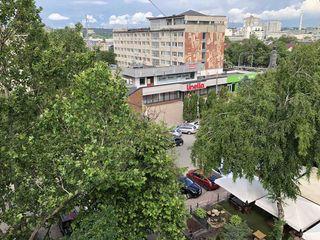 Vinzare apartament (Срочно!)  spatios 82m2 cu 3 odai in sect. Centru, regiunea ASEM