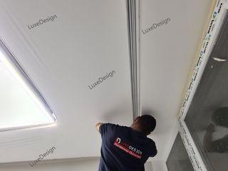 Cветовые линии на потолке/парящие потолки LuxeDesign