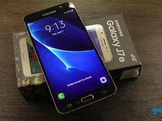 Samsung J7 2016 год - 220 евро