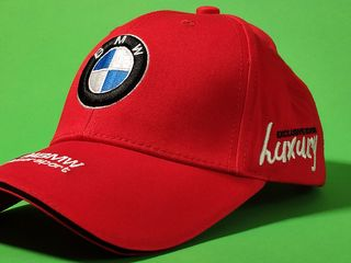 Мужские бейсболки и кепки (BMW, Toyota, Mercedes-Benz, Renault и т.д.)