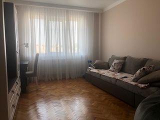 Oferim spre chirie apartament cu 2 camere separate, sect.Centru str. Alexandr Pușkin