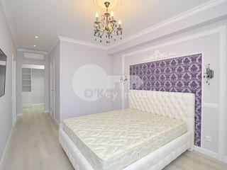 Apartament luxos situat pe 2 nivele spre chirie, str. Melestiu, Centru, 2000 € !