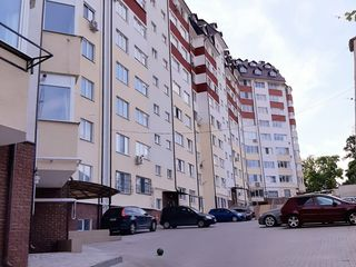 Centru,Bloc locativ nou,apartament 2 camere+living,72 m2,et.4,Debara 7m2