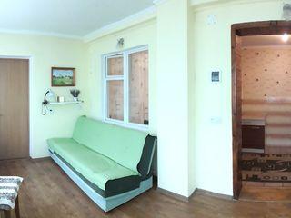 Уникальная и большая 2-ком.квартира на 9 квартале с пристройкой ещё на 2 комнаты.