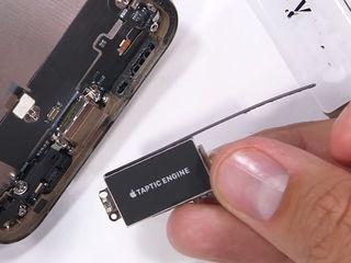 iPhone XR Nu acceptă încărcarea? Aduceți la schimbul conectorului!