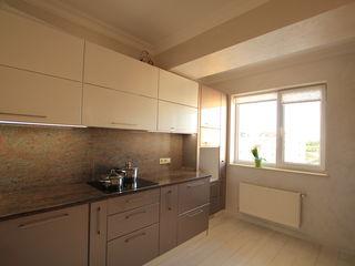 Apartament exclusive cu 3 odai + living si 2 garderoba, Linga Kaufland