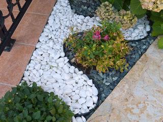 Reduceri de vara !!! Pietricele de marmura albă-surie 7 lei/kg  !!!
