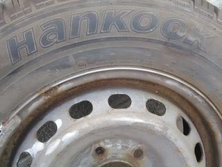 hankok 215/70 r16c