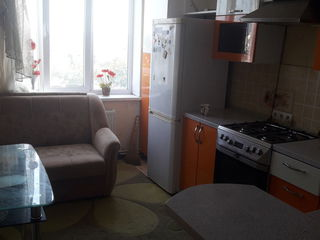 Apartamentul in stare buna!!!se vinde mobilat ca in poze