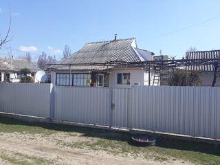 Дом в г.Леова с участком 24 сотки