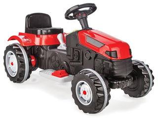 Трактор с прицепом Pilsan