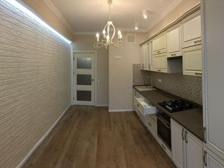 Se vinde apartament cu 1 odaie cu euroreparatie in bloc nou