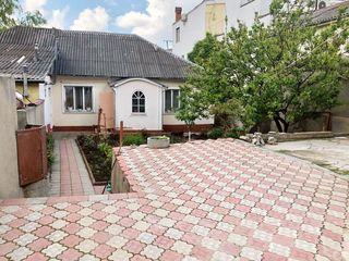 Casă cu 1 nivel+spațiu comercial, sect. Durlești, str. Tudor Vladimirescu, 79900 €