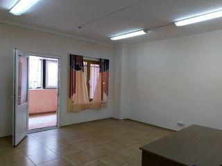 Сдаем 25м2 под производство,склад,офис  одним помещением на Узинелор вблизи строительного рынка!
