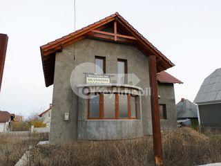 Casa cu 2 nivele, Ciorescu, 150 mp, 69000 € !