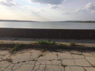 Lot de teren pe malul lacului Ghidighici