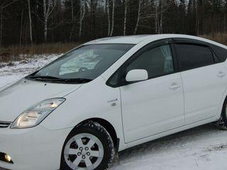 Toyota Prius Automat 1.5 Hybrid От 17euro