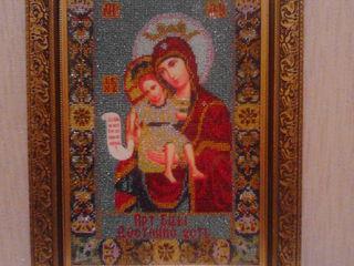 икона вышитая бисером Божией Матери «Достойно есть» («Милующая»)