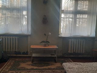 Срочно!!! Дёшево!!! 1-комнатная в Костюженах (рядом с Ботаникой)