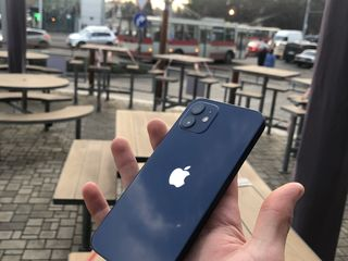Vând iPhone 12 Blue 64GB Neverlock !!!