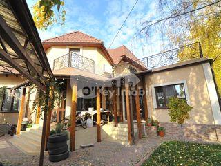 Casă cu 2 nivele, Durlești, reparație euro, 200 mp, 195000 € !
