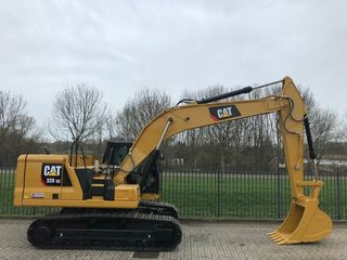 Excavator CAT-320