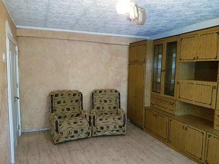 Срочно продаётся квартира в городе Рышканы!!! 3 ком. 18500евро торг.