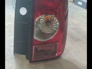 Оригинальный правый задний фонарь на Duster