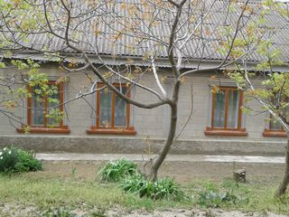 Продаётся дом в Кагуле в районе солёного озера