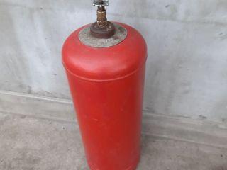 Продам газовый баллон в рабочем состоянии.Находится в городе Единцы.