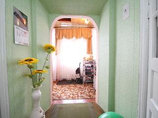 2 case langa Chisinau, la pretul unui apartament cu 1 camera!