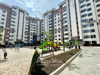 Exfactor! Centru, str. Albișoara, 2 camere + living. Euroreparație!