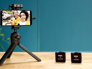 Set pentru crearea videoului cu iPhone Rode Wireless GO ll Bundle Lightning. livrare gratis