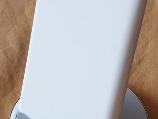 Беспроводная зарядка Iphone , Samsung