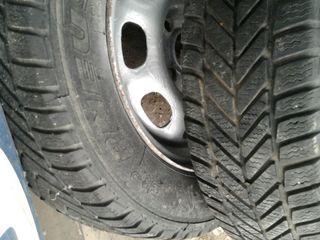 Итальянские Зимние шины R13 175/70 и диски 4*100 R13 4 штуки