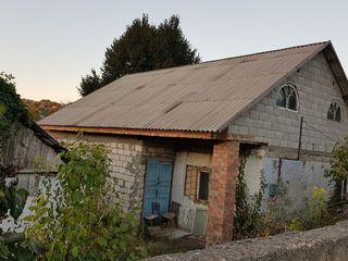 Casa + teren pentru constructie 16ari in satul Balabanesti