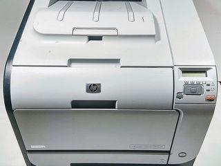 HP CP2025n Лазерный цветной принтер