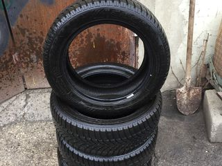Dunlop  M+S. 205/55 R16