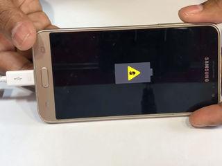 Samsung Galaxy J3 2017 (J330) Не поступает заряд? Приноси – исправим!