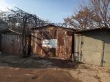 сухой металлический гараж с подвалом