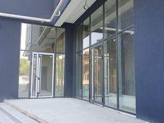 Spațiu Comercial direct de la compania de construcții Braus, Prima linie, Autonomă!