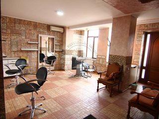 Salon de frumusete 150 m2 , sectorul Buiucani al Capitalei